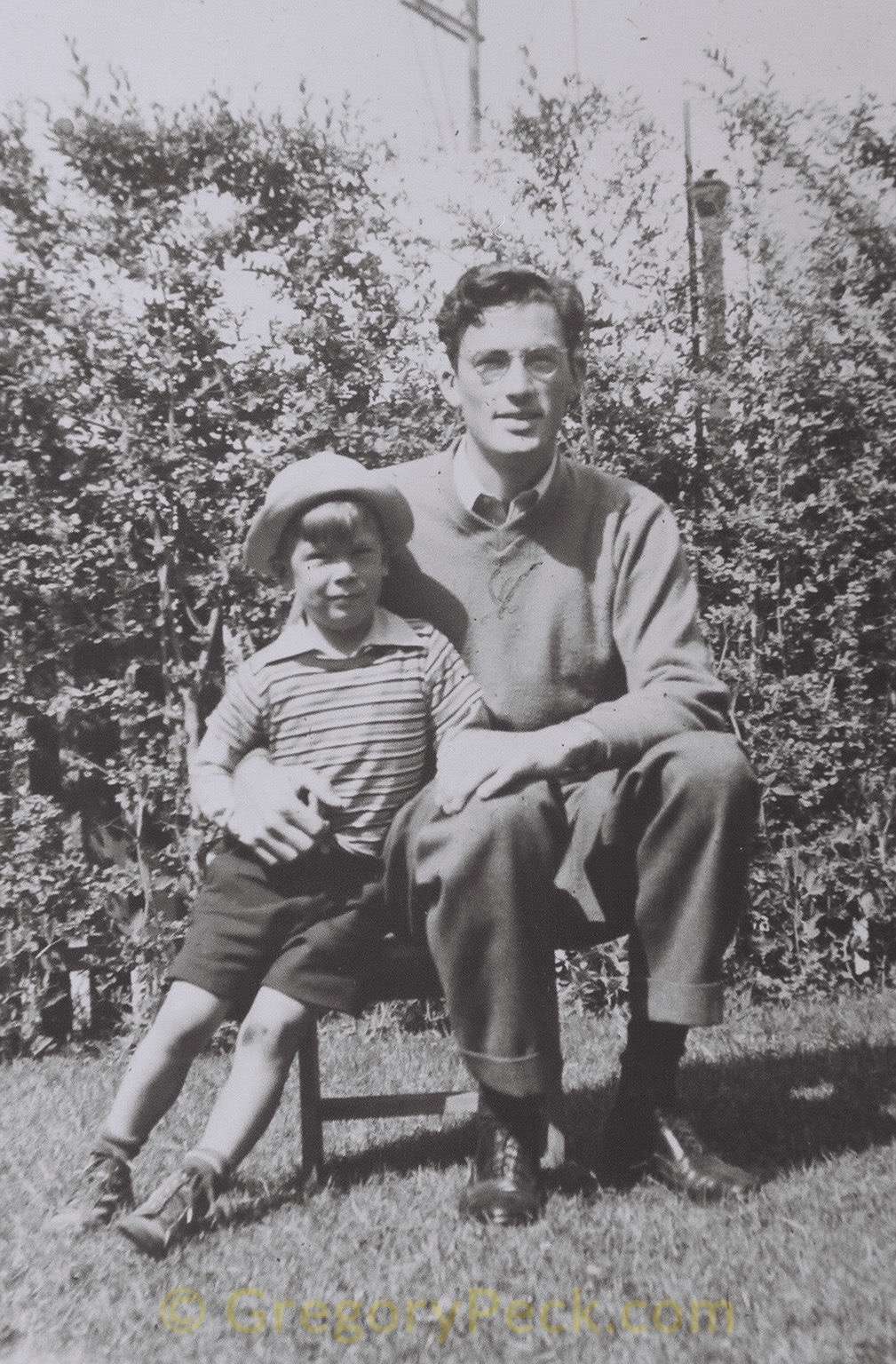 Greg with brother Don, 1938